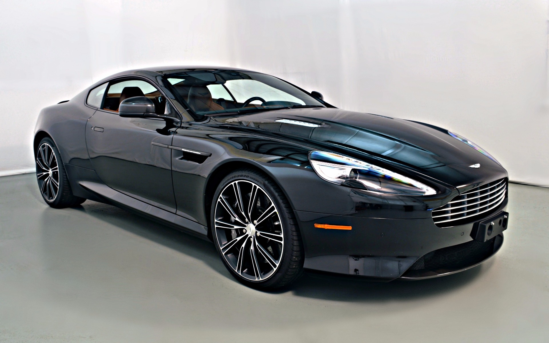 2015 aston martin db9 carbon edition for sale in norwell ma a16225 mclaren boston. Black Bedroom Furniture Sets. Home Design Ideas