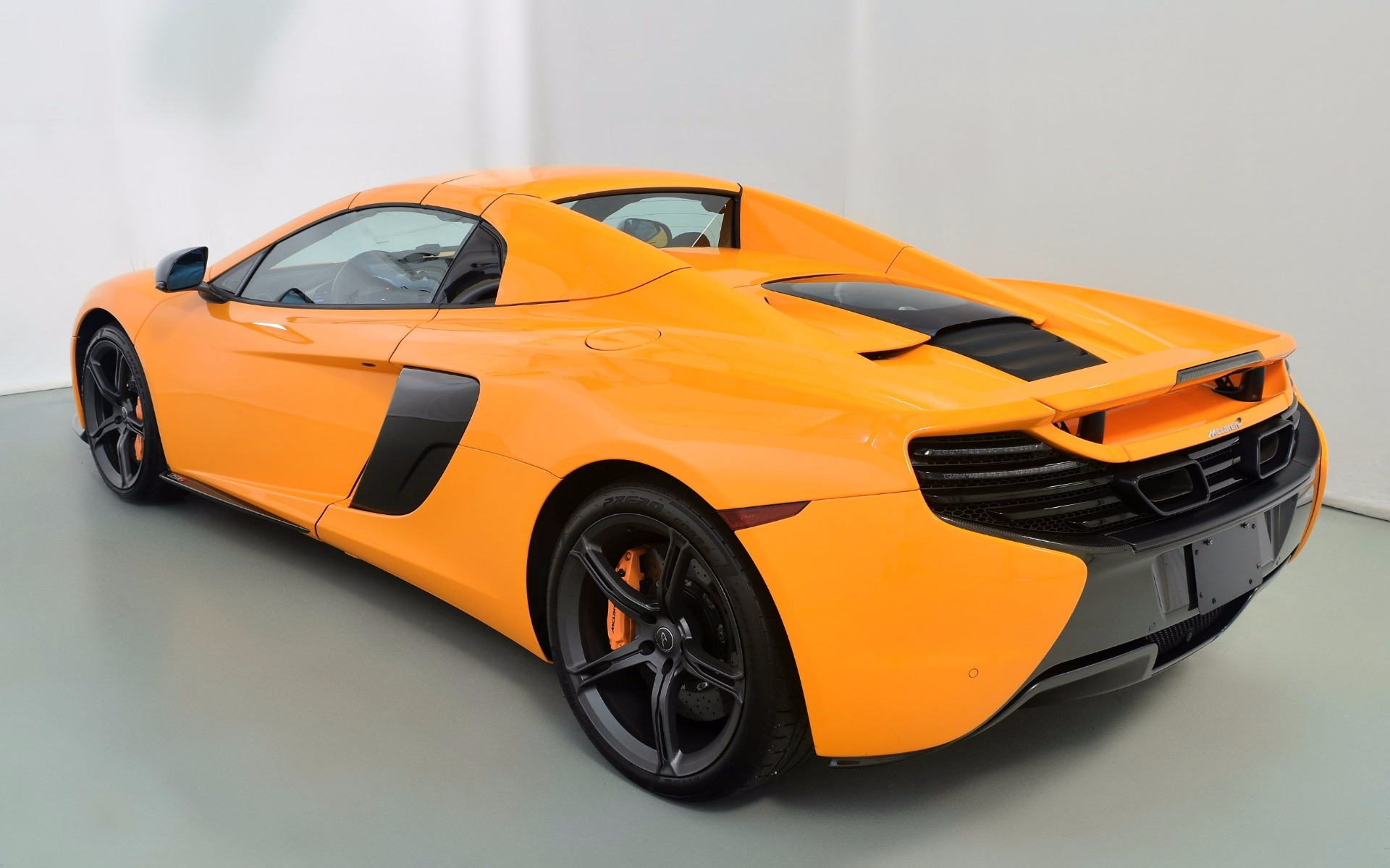 2016 mclaren 650s spider for sale in norwell ma 005992. Black Bedroom Furniture Sets. Home Design Ideas