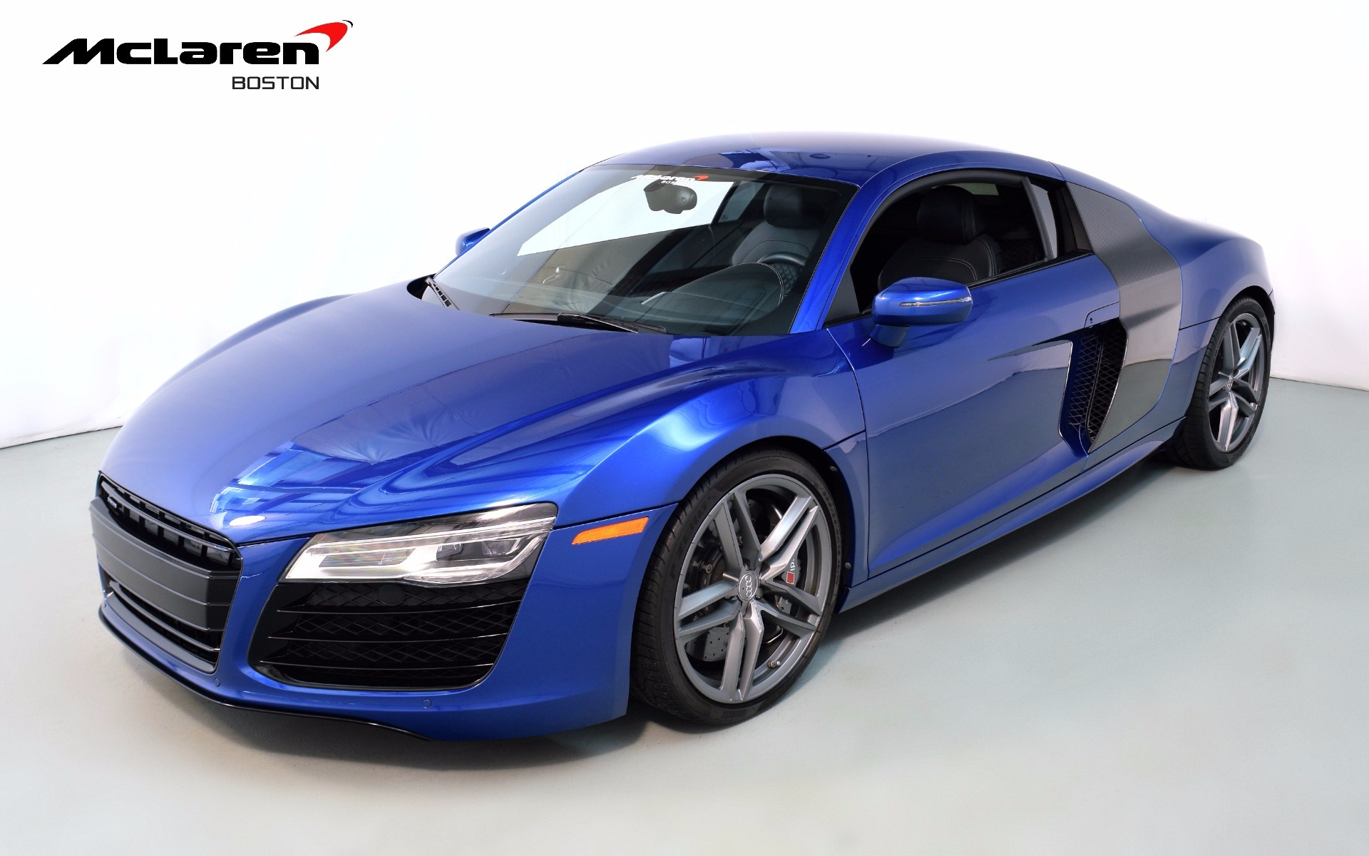 2014 audi r8 v10 for sale in norwell ma 002197a mclaren boston. Black Bedroom Furniture Sets. Home Design Ideas