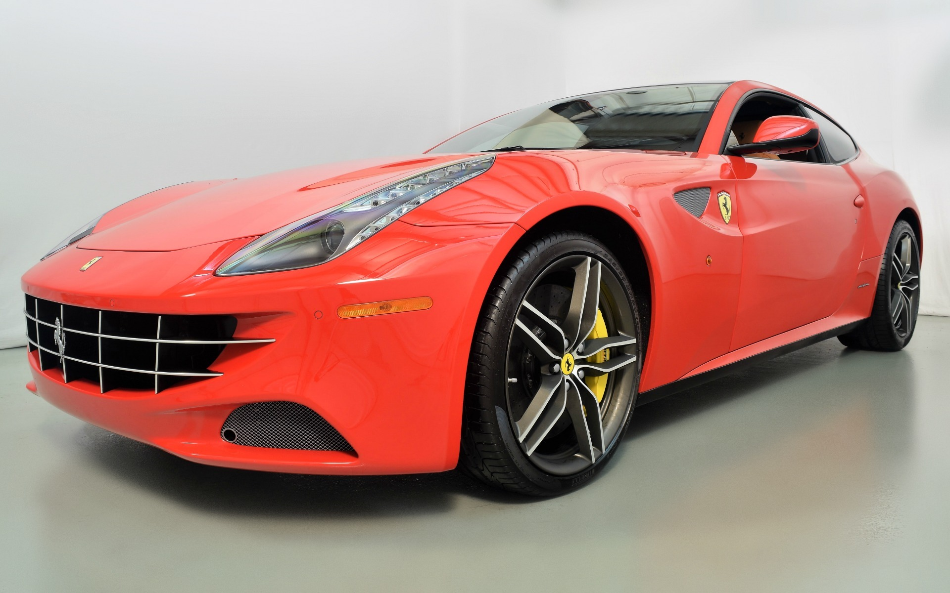 2016 ferrari ff for sale in norwell ma 214010 mclaren boston. Black Bedroom Furniture Sets. Home Design Ideas