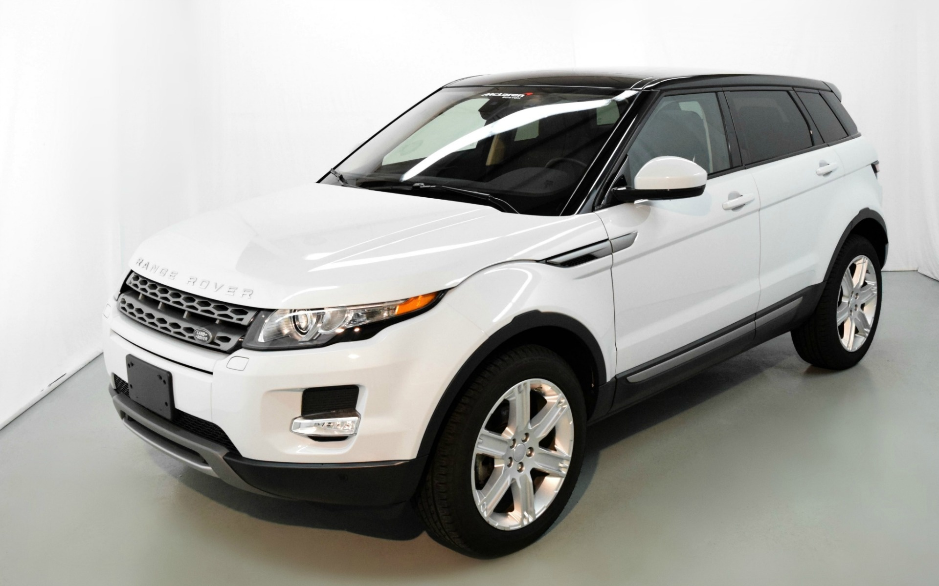 2015 land rover range rover evoque pure plus for sale in norwell ma 058013 mclaren boston. Black Bedroom Furniture Sets. Home Design Ideas