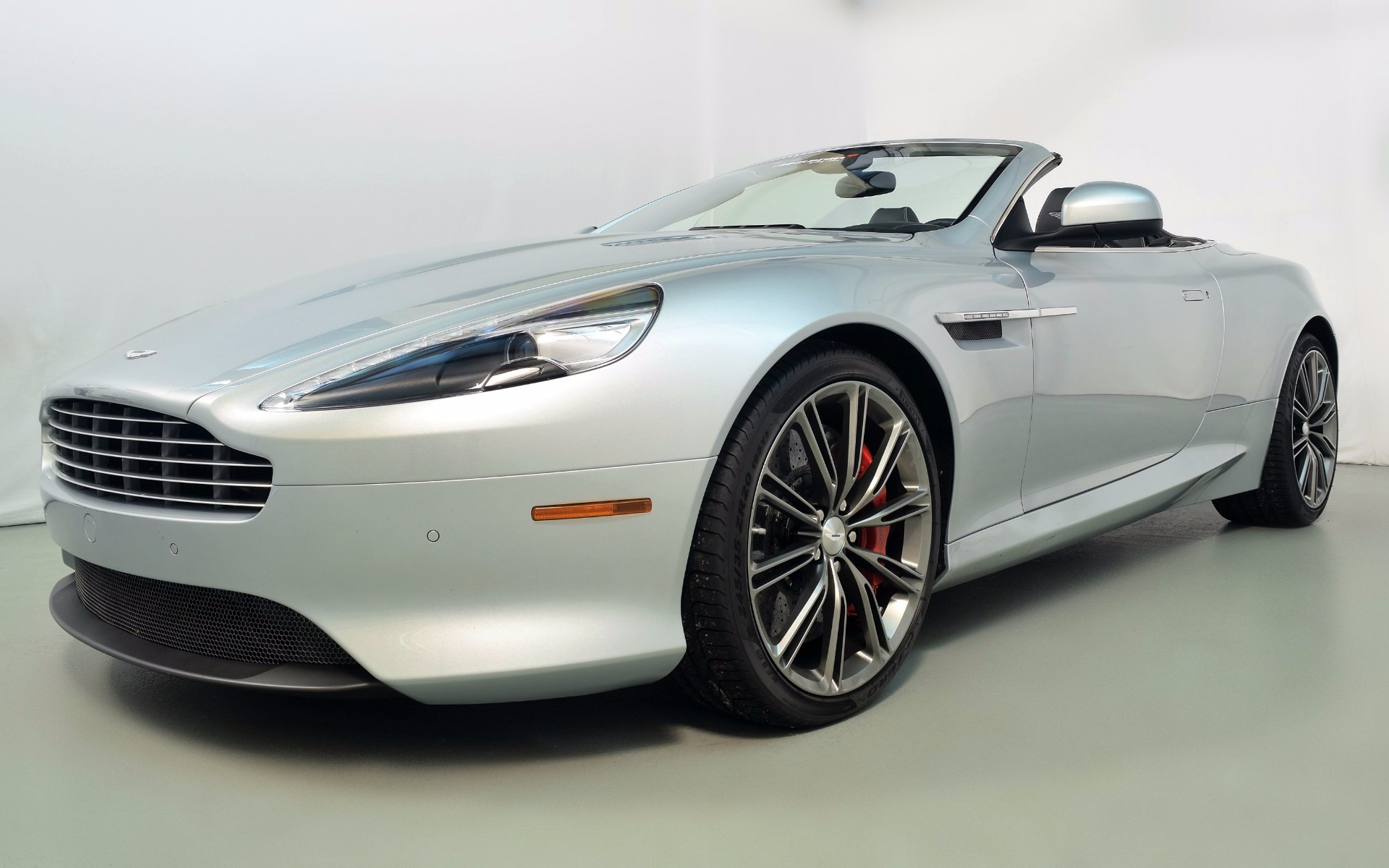 2015 aston martin db9 volante for sale in norwell ma b16776 mclaren boston. Black Bedroom Furniture Sets. Home Design Ideas