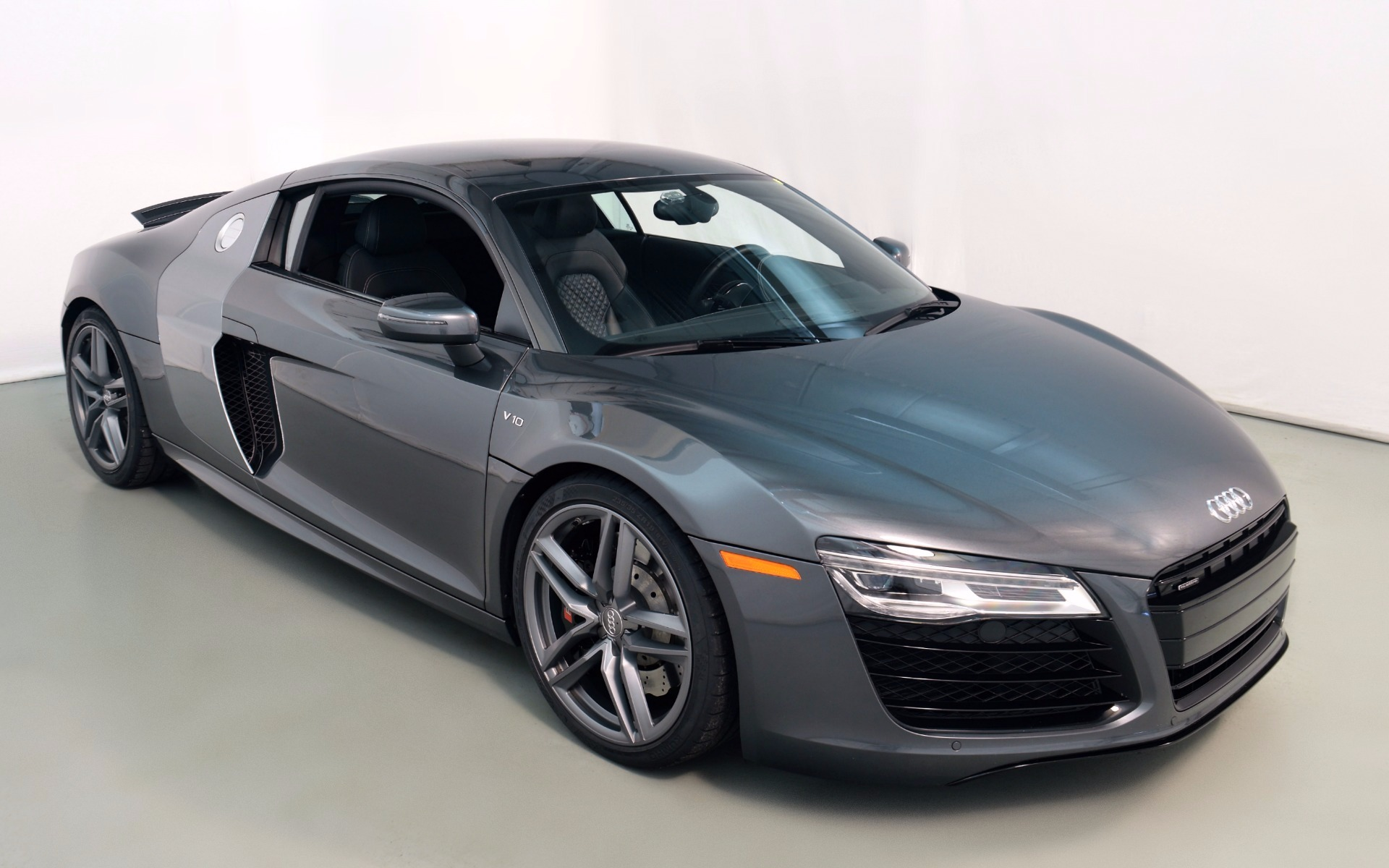 Audi R8 Monthly Payment >> 2014 Audi R8 5.2 quattro For Sale in Norwell, MA 00746 | Mclaren Boston