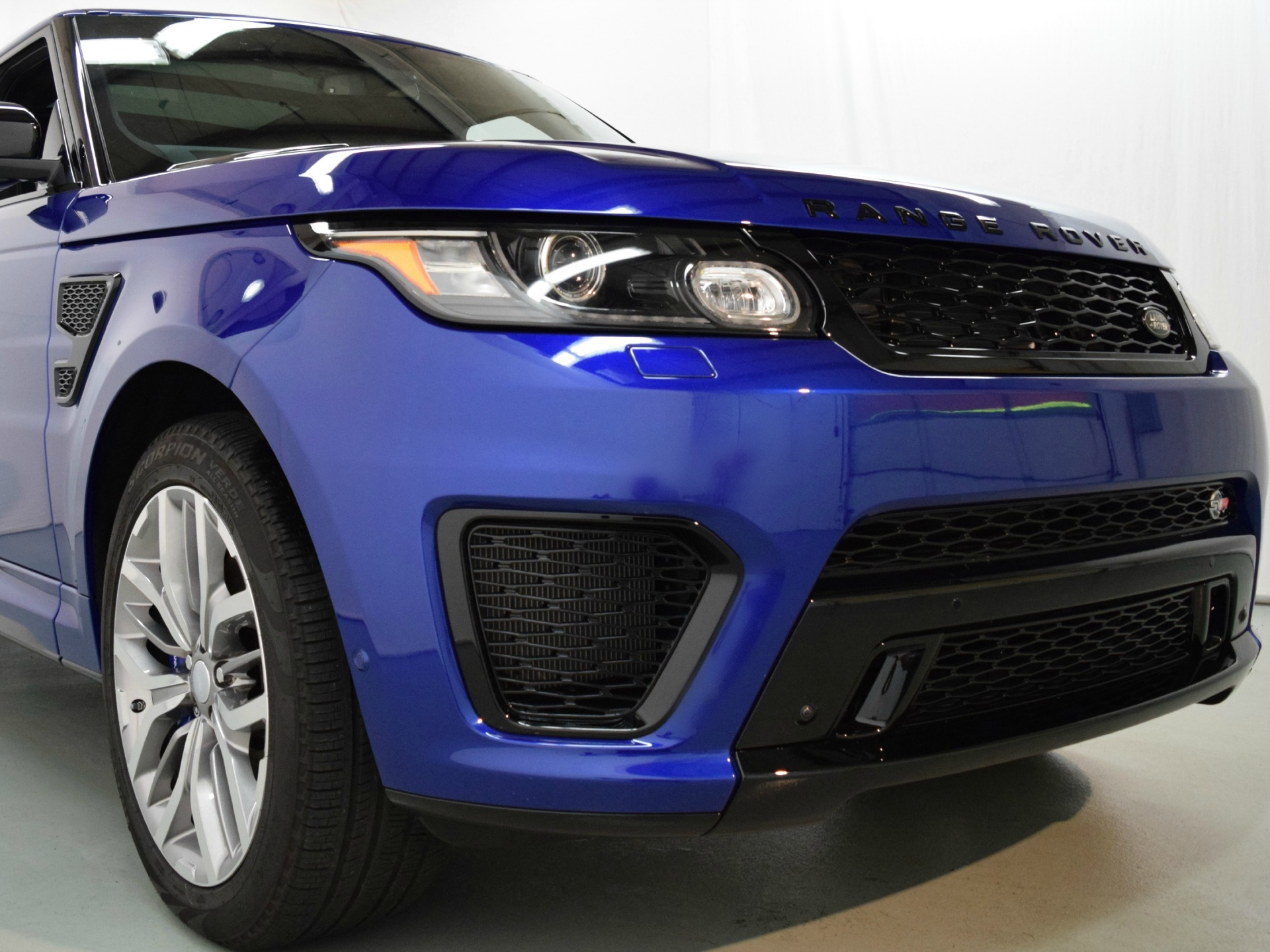 2015 land rover range rover sport 5 0l supercharged svr for sale in norwell ma 532762 mclaren. Black Bedroom Furniture Sets. Home Design Ideas