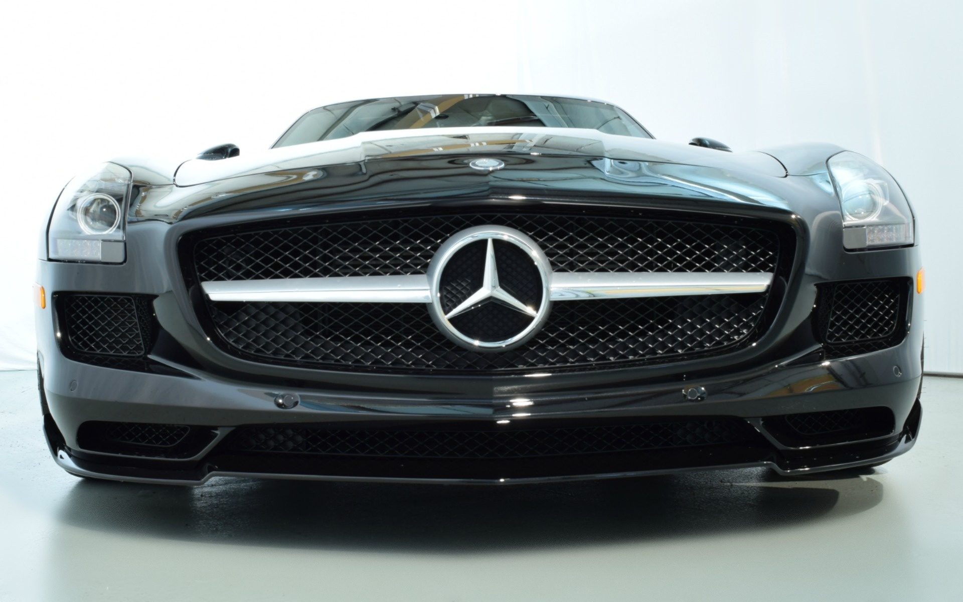 2012 mercedes benz sls amg for sale 209 900 1462655 for Mercedes benz sls amg convertible for sale