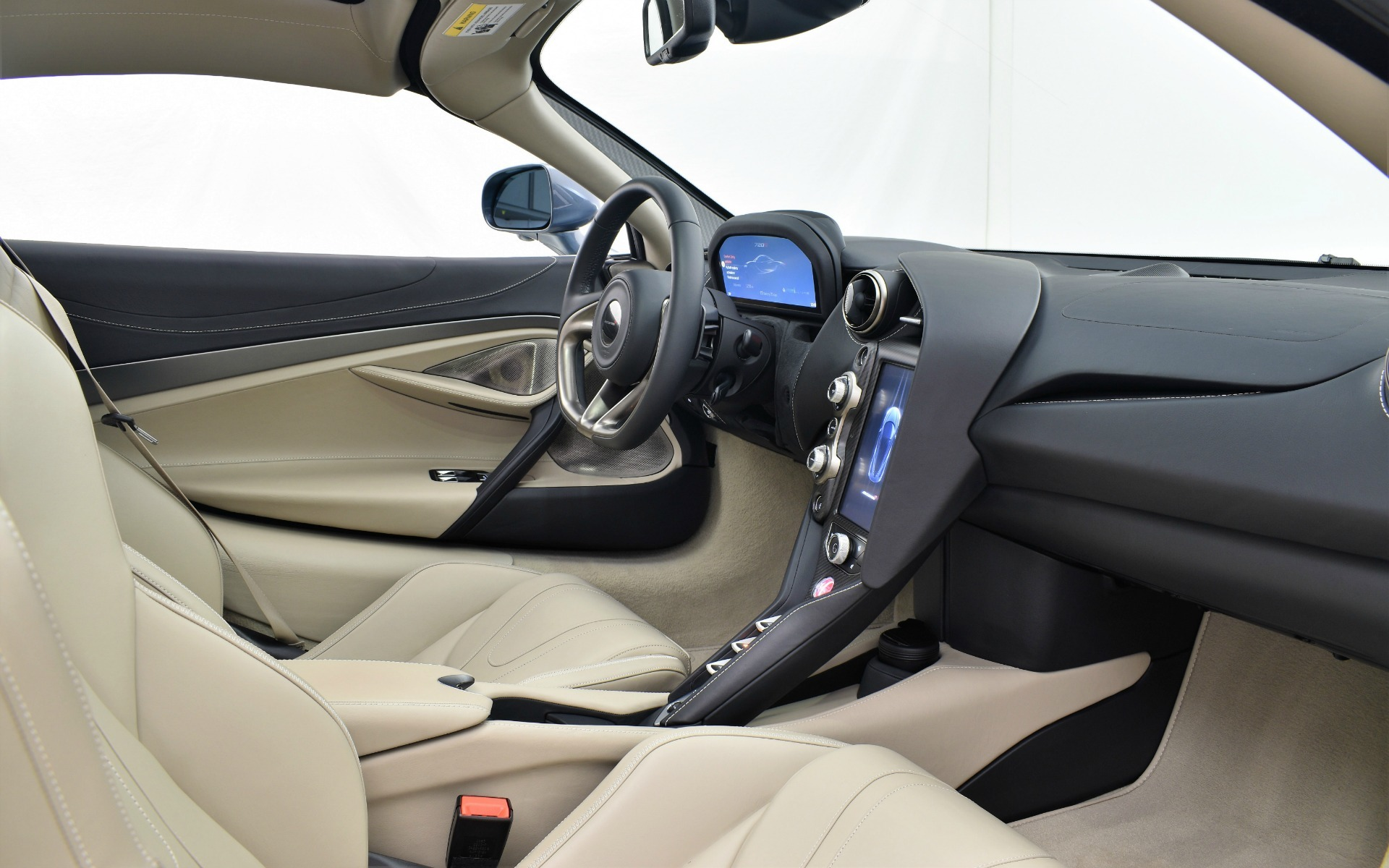 Used 2018 MCLAREN 720S  | Norwell, MA
