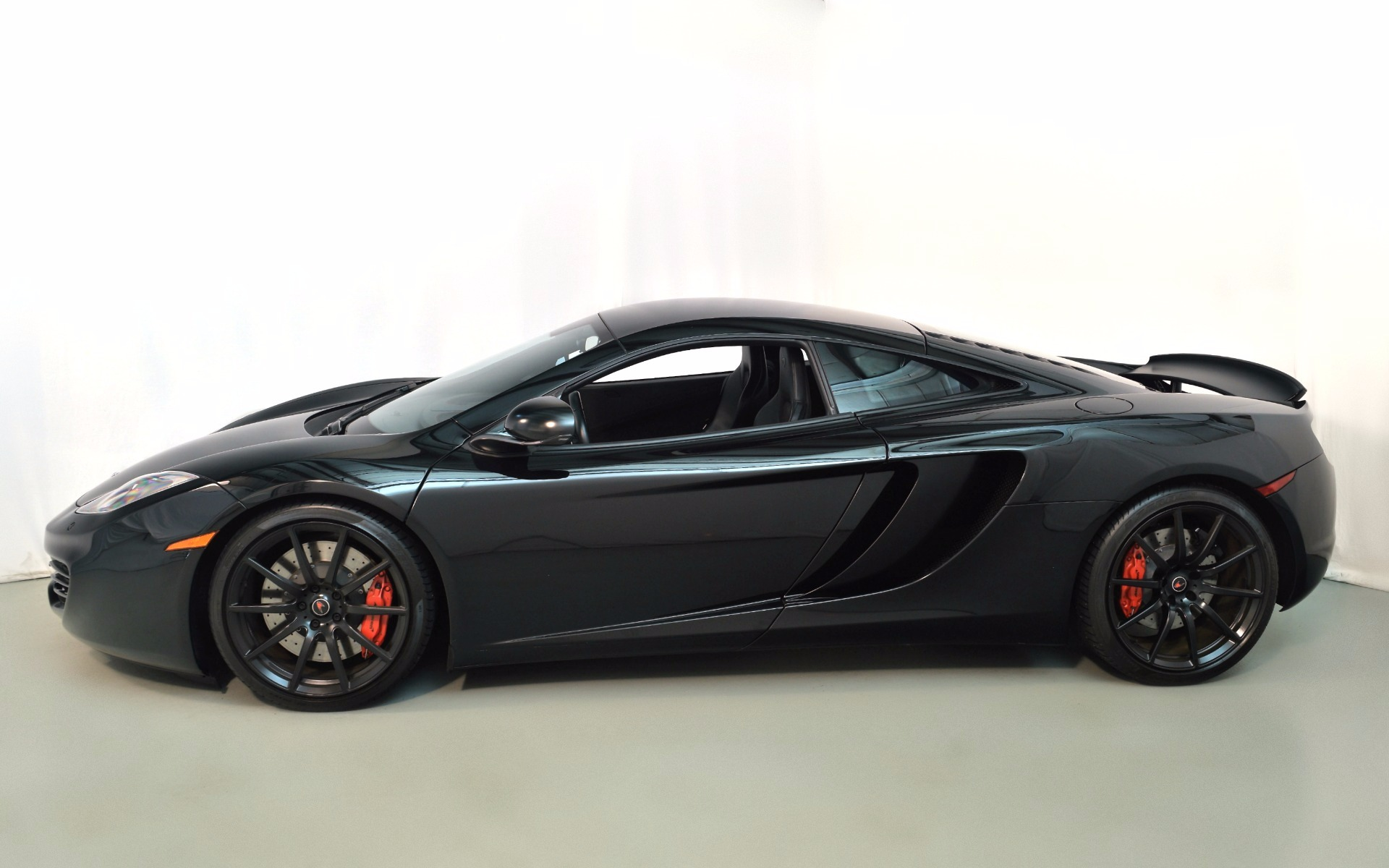 2012 mclaren mp4 12c for sale in norwell ma 000353 mclaren boston. Black Bedroom Furniture Sets. Home Design Ideas