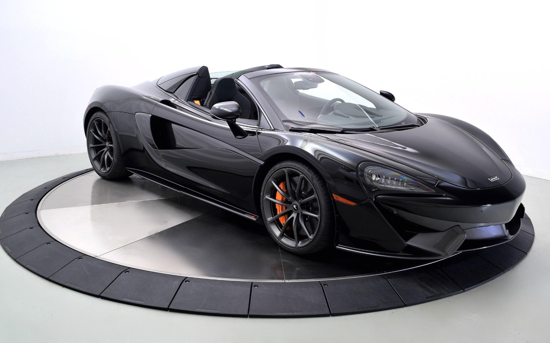New 2019 McLaren 570S Spider  | Norwell, MA