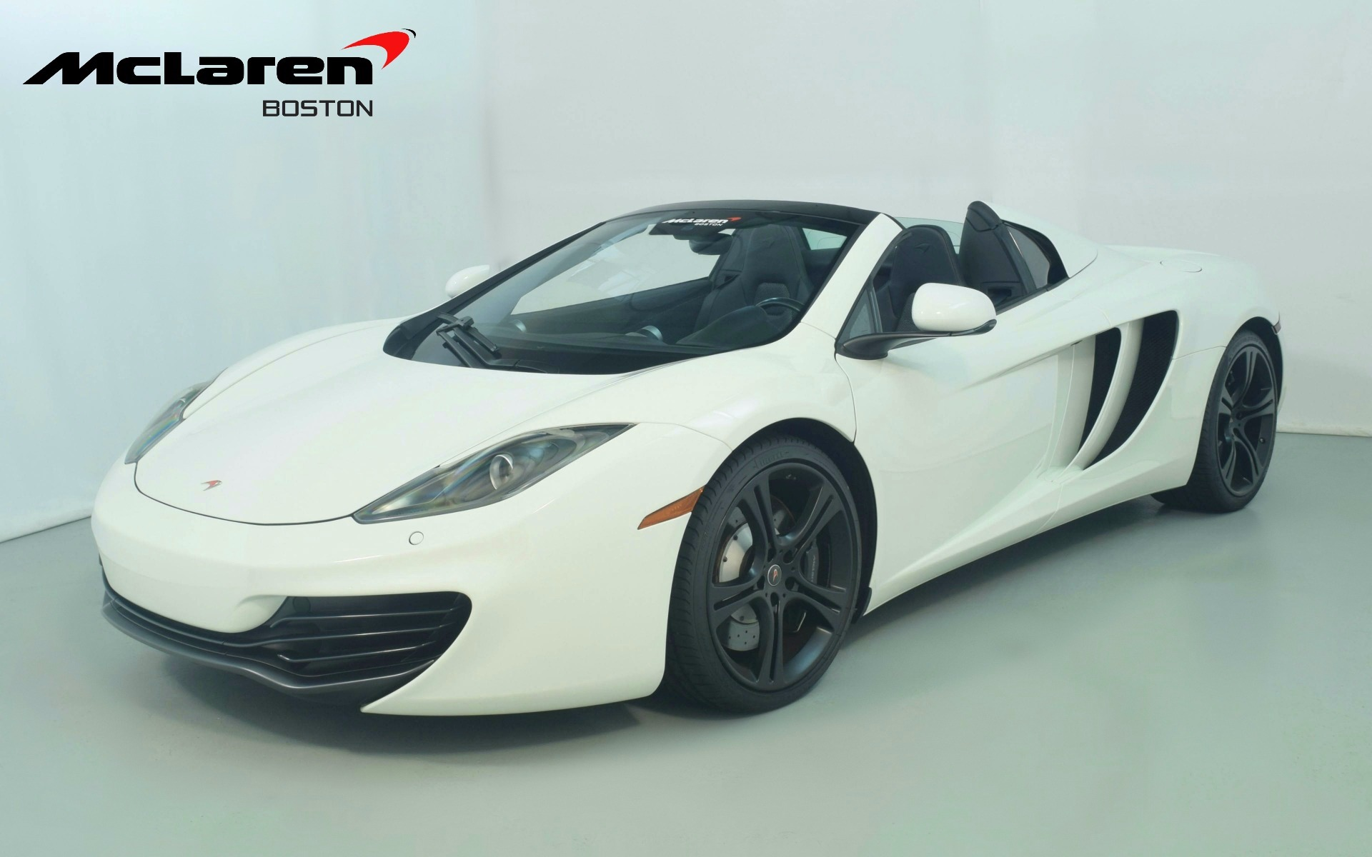 Superb Used 2013 McLaren MP4 12C Spider | Norwell, MA