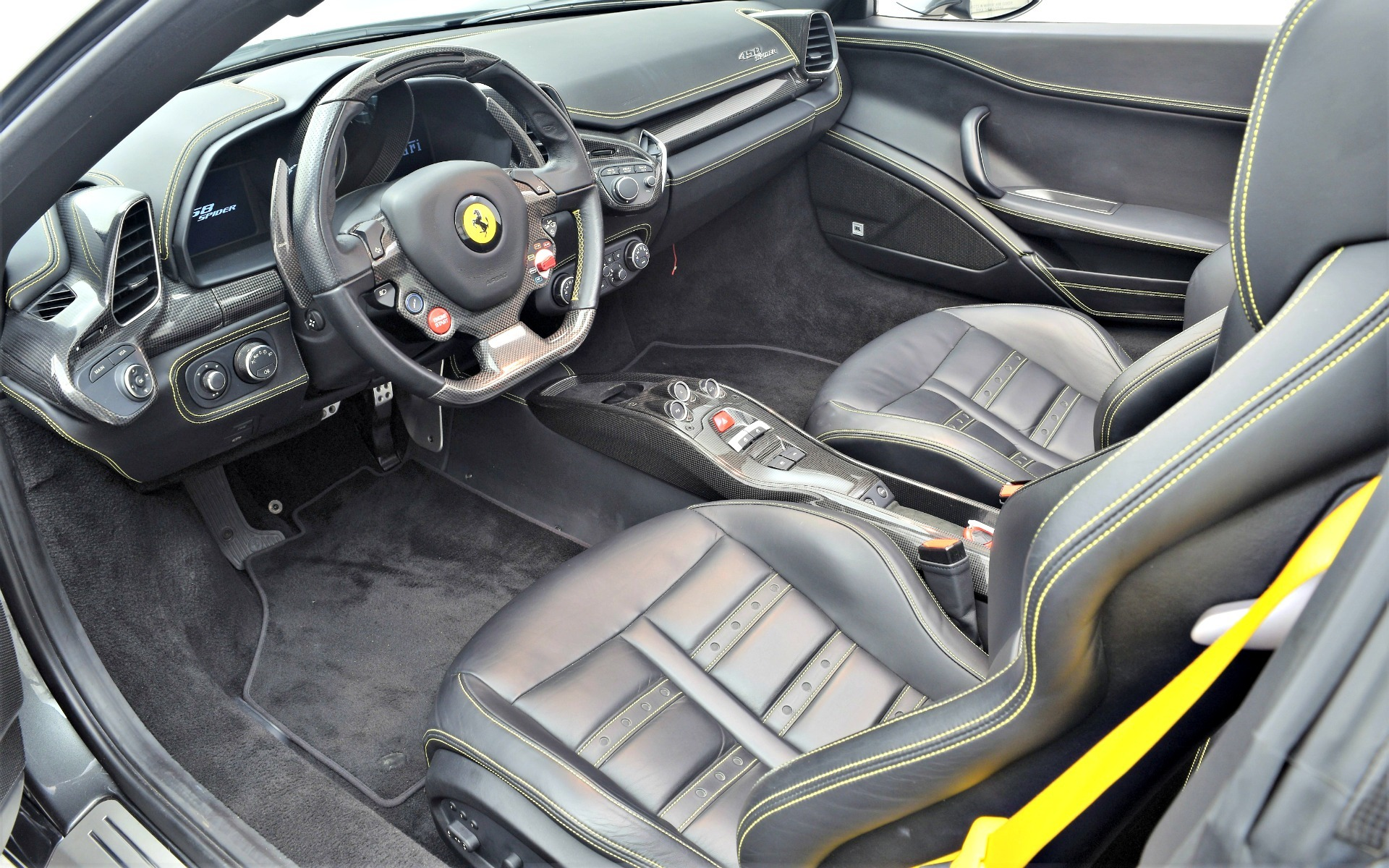Used 2014 Ferrari 458 Spider  | Norwell, MA