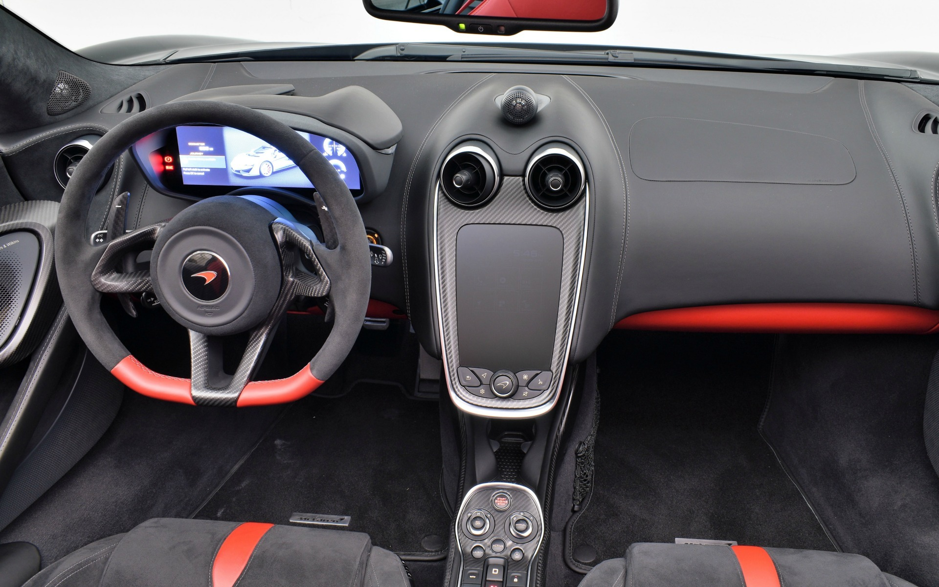 Used 2018 MCLAREN 570S Spider  | Norwell, MA