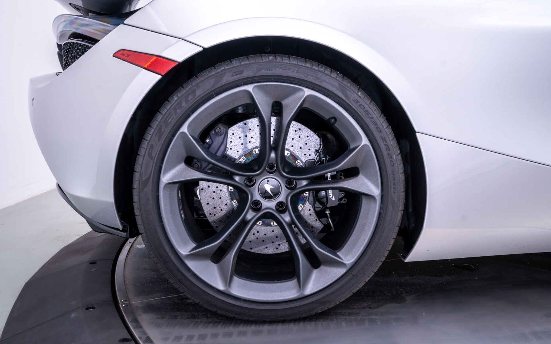 Used 2020 McLaren 720S Performance | Norwell, MA