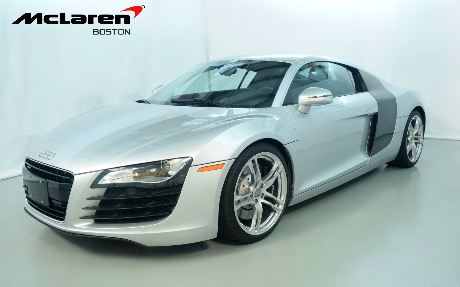 2009 audi r8 4 2l for sale in norwell ma 002946 mclaren. Black Bedroom Furniture Sets. Home Design Ideas