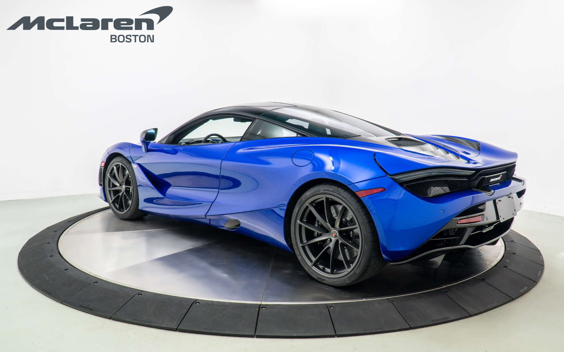 Used 2018 MCLAREN 720S Performance | Norwell, MA