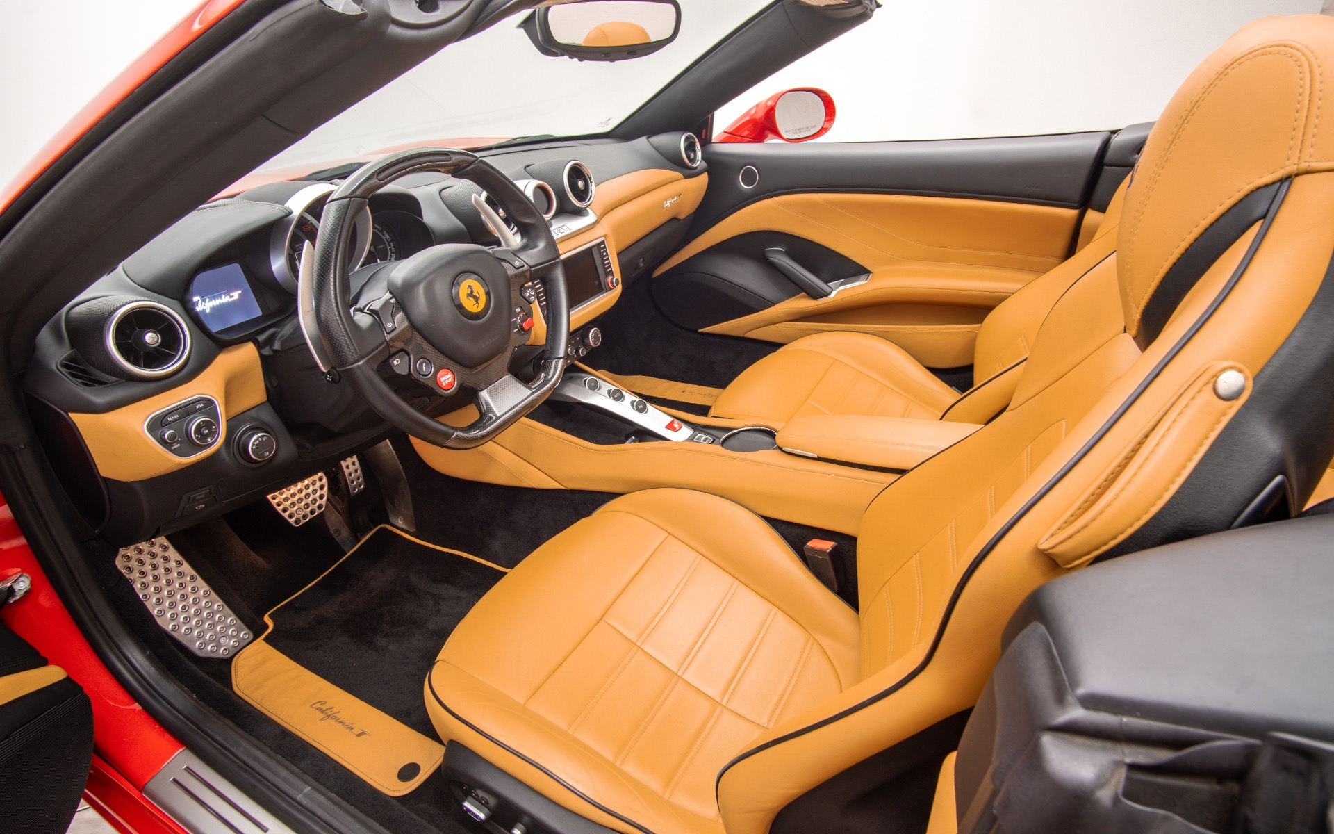 Used 2017 Ferrari California T  | Norwell, MA