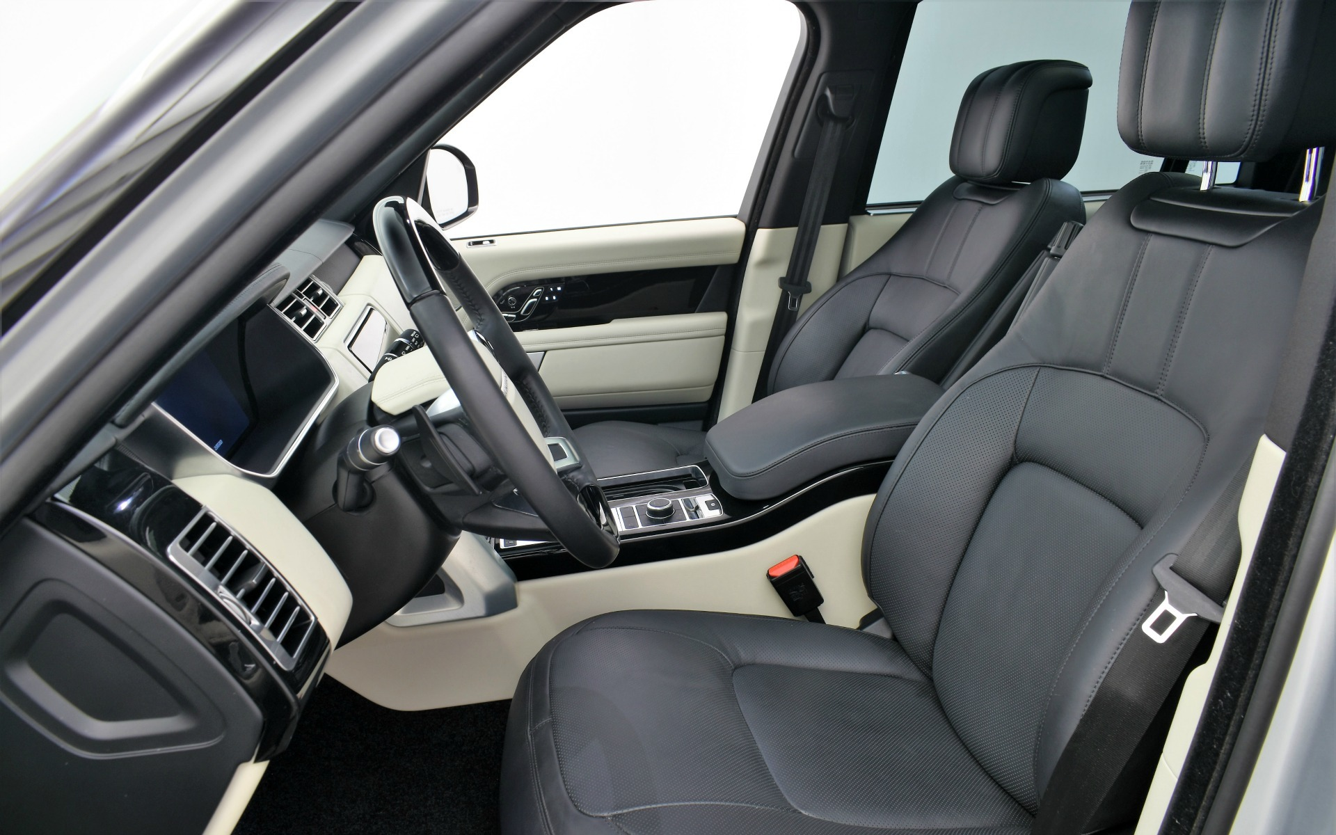 Used 2019 Land Rover Range Rover Supercharged LWB | Norwell, MA