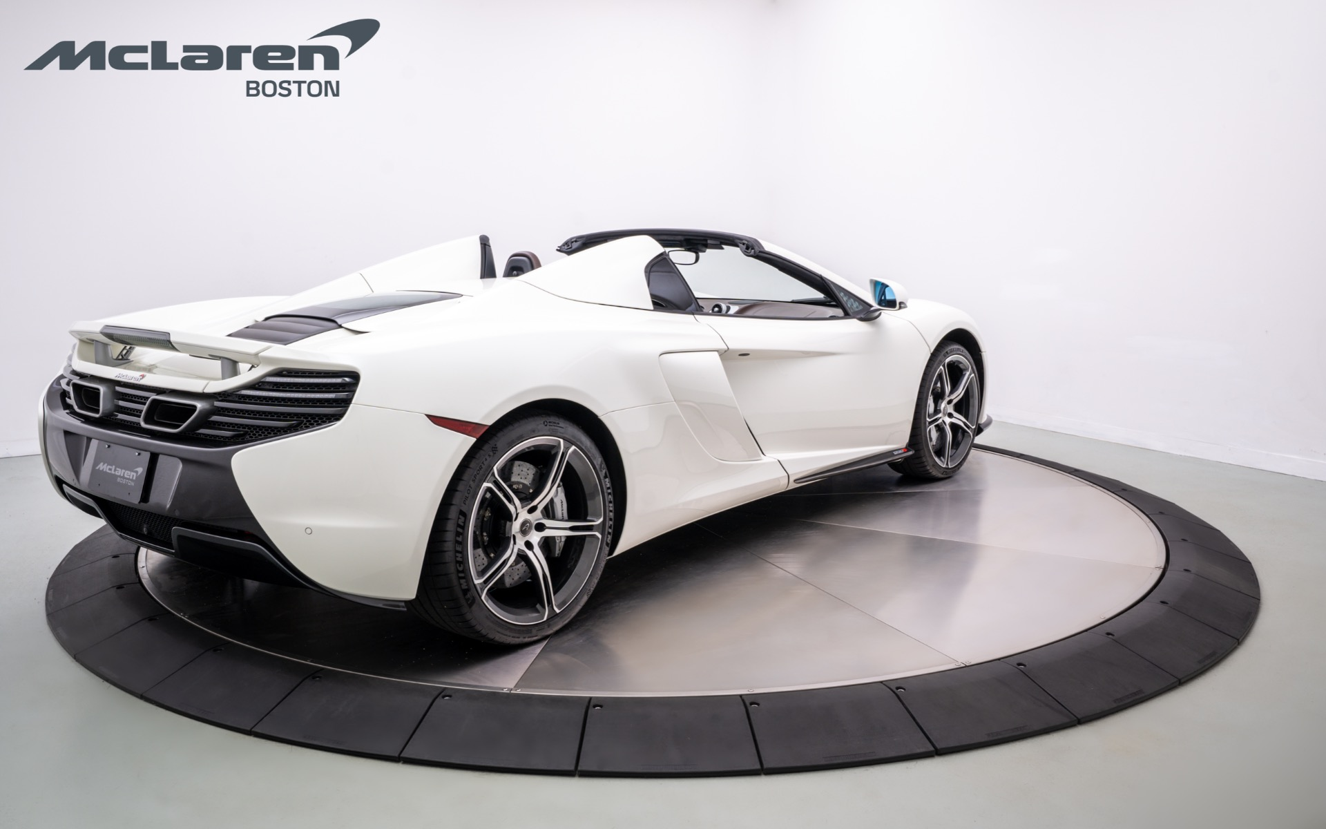 Used 2015 McLaren 650S Spider  | Norwell, MA